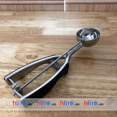 muong muc kem inox 5cm 03 - MUỖNG MÚC KEM INOX LÒ XO NORPRO - 5cm - MK01